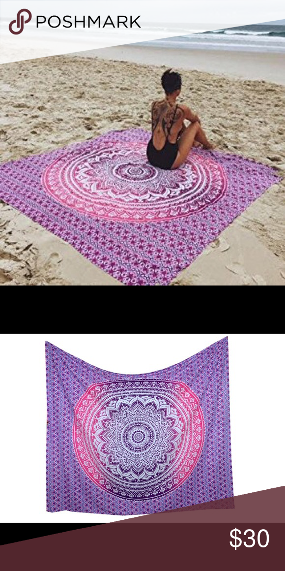 """🎁💥multi use tapestry mandala spread gift 💓💥 Brand new.Handmade with natural dyes.   Uses: bed spread, couch spread, curtains, wallhangings, Celling decor, beach mat, picnic mat, table cloth, yoga & meditation.  Size: 90"""" X 84"""" inch ( Queen bed)   Material:100% Cotton   Wash: cold wash Other"""