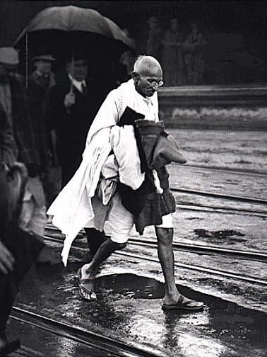"""gandhi concept of civil disobedience Gandhi's civil disobedience movement of 1930-1931—launched by  (a word  gandhi used to connote civil resistance, meaning """"holding fast."""