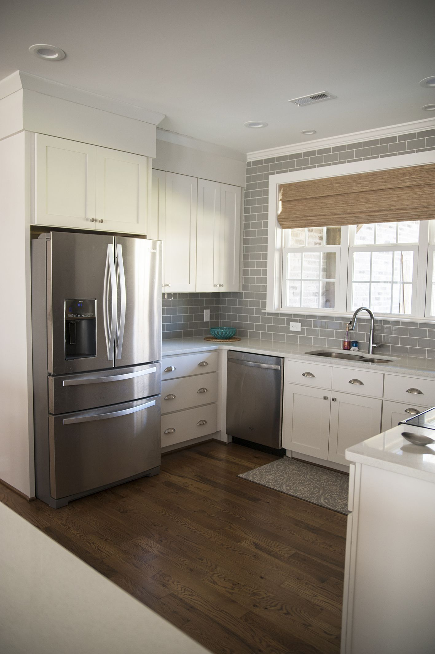 When you have large kitchen the style which can be applied is limitless kitchenremodel kitchendesign kitchen