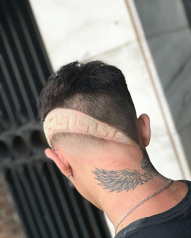 Men S Hair Haircuts Fade Haircuts Short Medium Long Buzzed Side Part Long Top Short S Penteados Masculinos Tatuagem De Cruz Simples Tatuagem De Espada