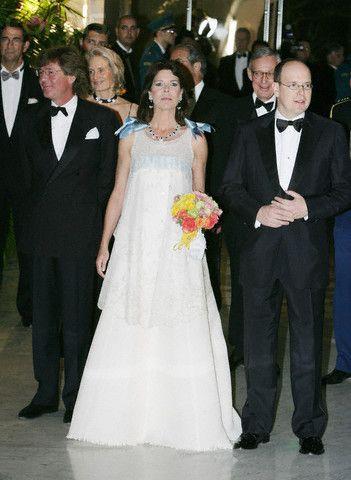 princesse caroline avec son mari ernst auguste de hanovre et le prince Albert 2