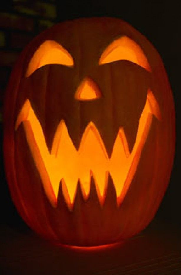 Happy Pumpkin Carving | Pumpkin carving: Traditional pumpkin ...
