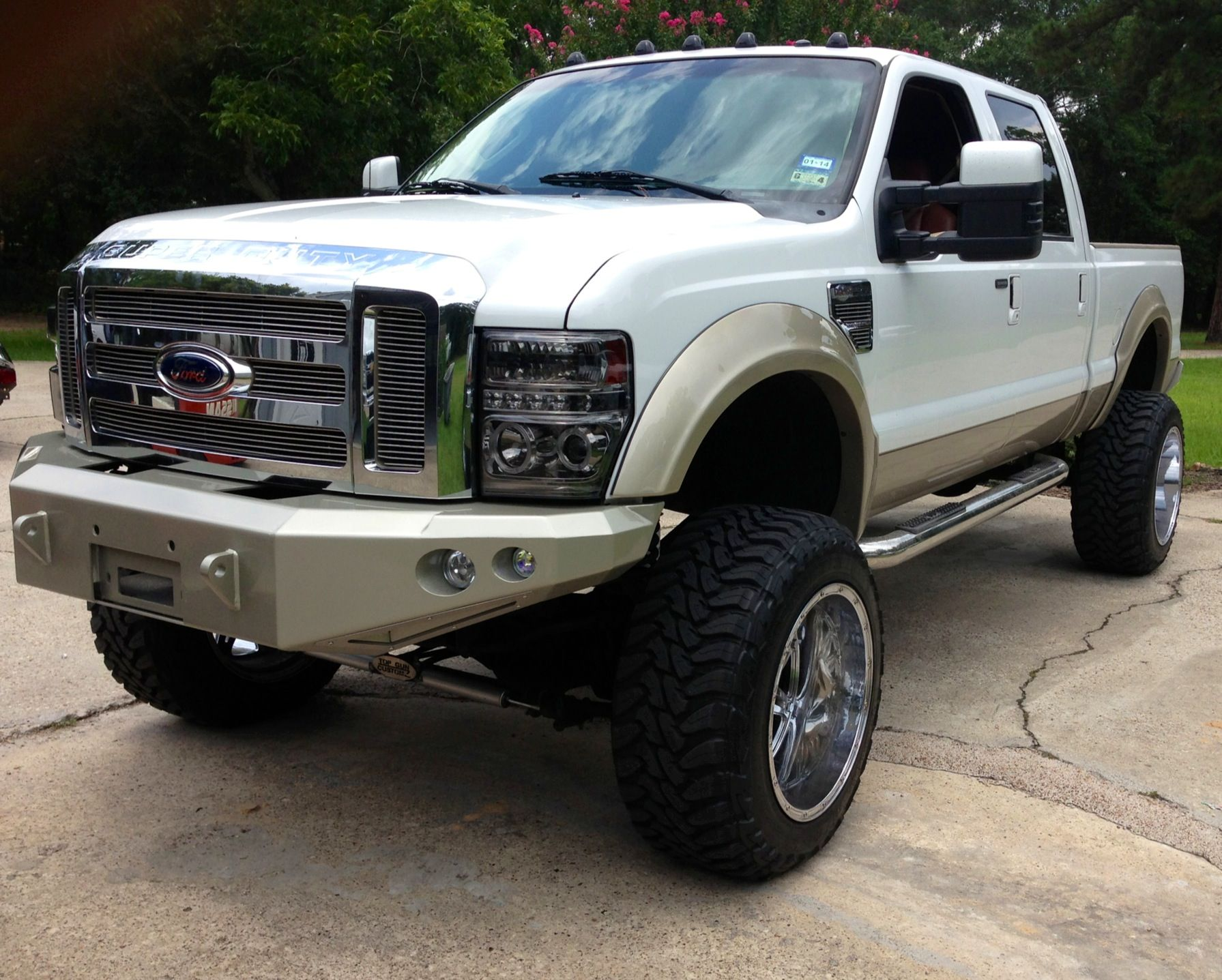 Lifted f250 king ranch