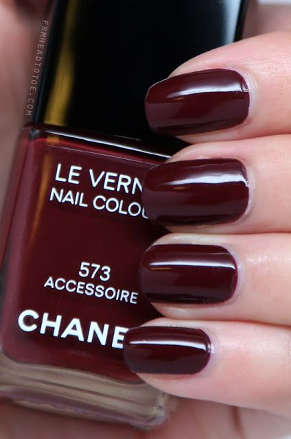Chanel 573 Accessoire Adark Chocolate Burgundy Red Nail Polish Lacquer Vernis Swatch Manicure