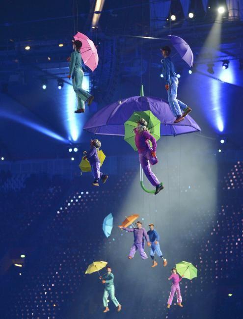 Fotos de Payasos voladores. Juegos Paralímpicos Londres 2012.