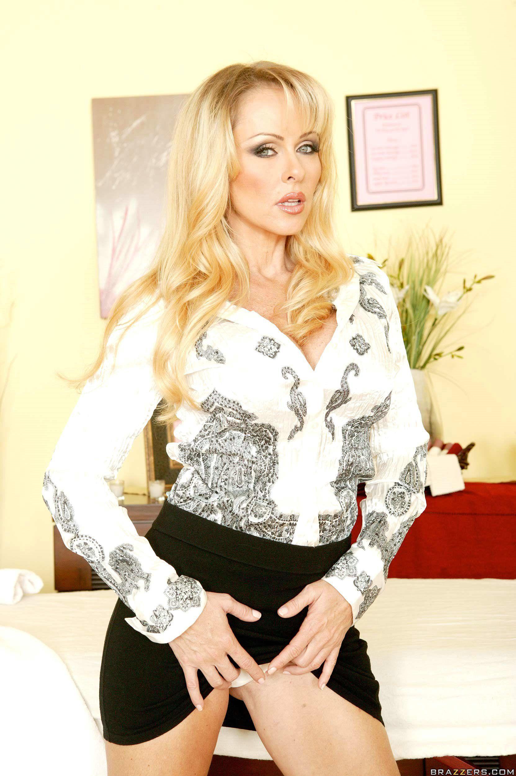 Dyanna Lauren #hot #pornstar. ...