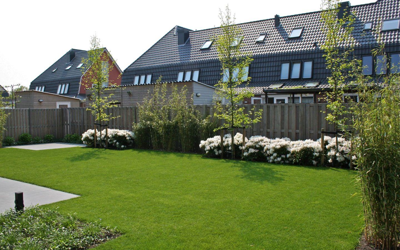 Strakke tuin bij vrijstaande woning in zwaag van veen tuinontwerpen tuinontwerp hovenier - Tuinontwerp ...