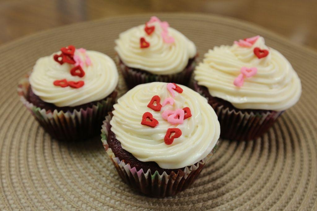 ريد فيلفت كيك Red Velvet Cake Desserts Mini Cheesecake Cheesecake