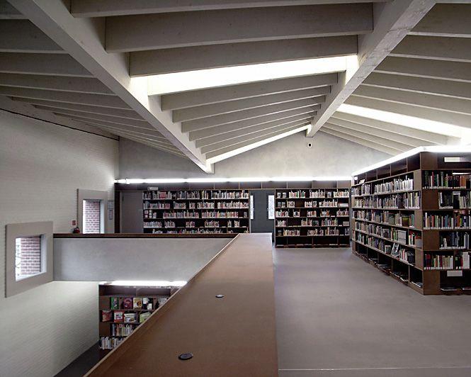 Architekturlichtbild De Christoph Rokitta Architekturfotografie Bibliothek Am Alten Markt Berlin Kopenick Bfm Bruno Fio Architecture Decor Home Decor