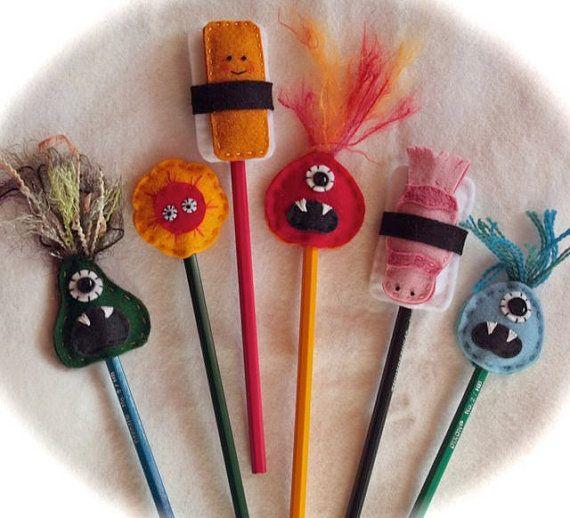Set of Two Pencil Toppersyou choose por Hannalah en Etsy