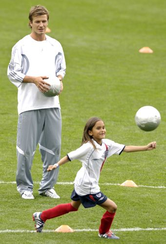 David Beckham Contributes To Youth Soccer Girl Playing Soccer Soccer Kids Soccer