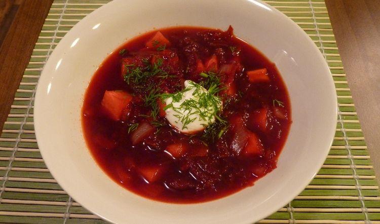 Luxusní polévka z červené řepy. (Ondřej Horecký/Velká Epocha)