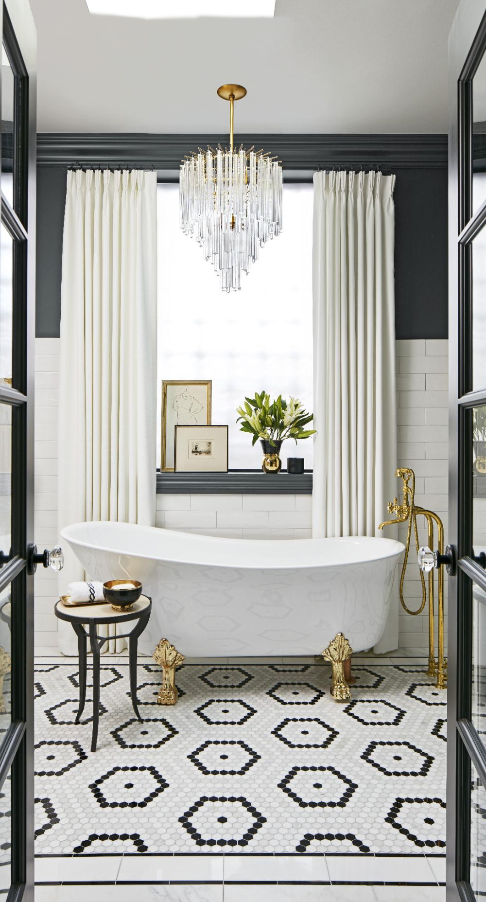 Black And Tan Bathroom Decor In 2020 Bathroom Tile Designs
