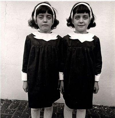 foto: diane arbus   twins