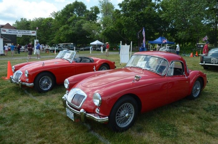 1957 Bentley S1 Hooper Saloon wins inaugural Bristol, RI Concours