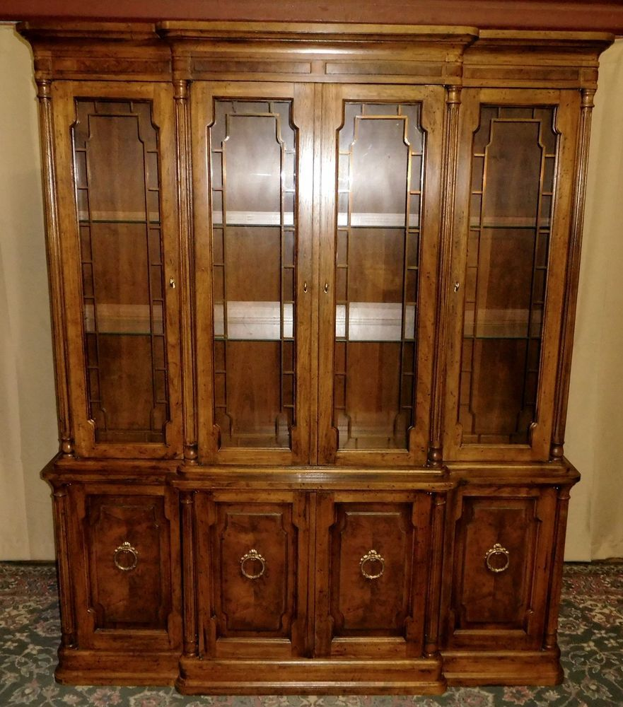 Exceptionnel DREXEL HERITAGE CHINA CABINET Lighted Neo Classical Breakfront Hutch  VINTAGE #NeoClassical #DrexelHeritage