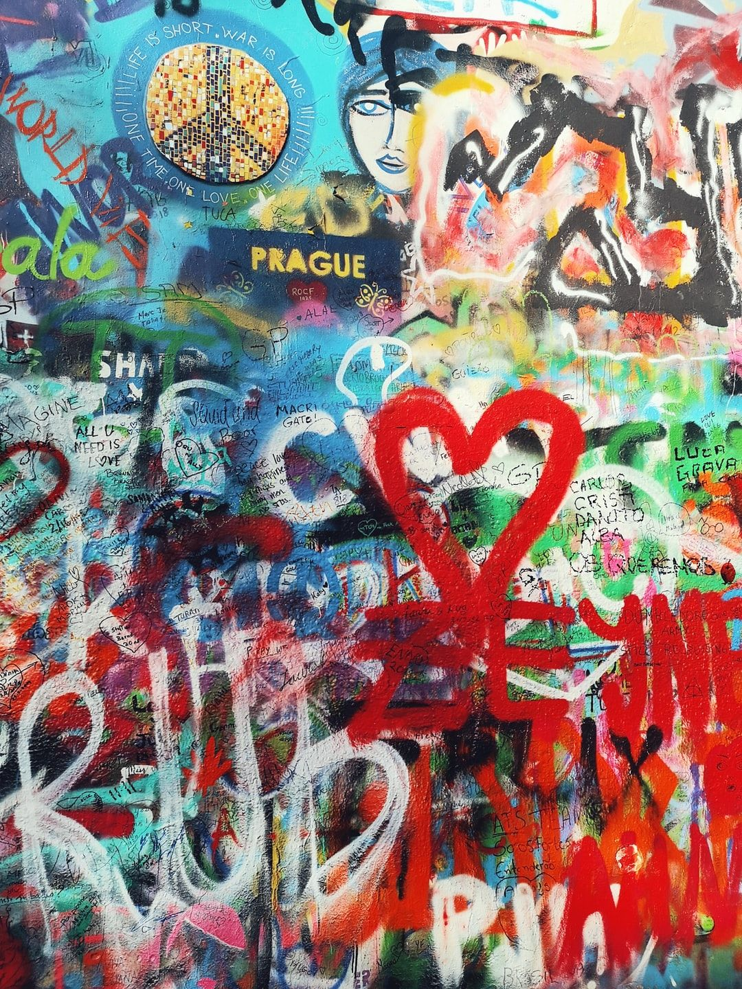 Lennon Wall (Prague). Download this photo by camila waz on Unsplash