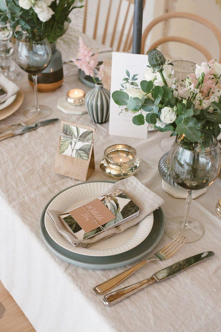 Leinen, Graublau und Salbei – Natürliche Hochzeitsdekoration (Fräulein K. Sagt Ja)