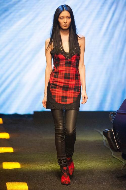 Sung Hee for Philipp Plein Fashion Show Milan (Fall/Winter... #Runway - http://goo.gl/XZZ0QA
