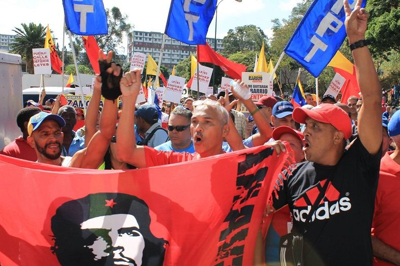 Venezuelans Rally In Support Of The Socialist Government Protest Posters Posters Diy Diy Crafts