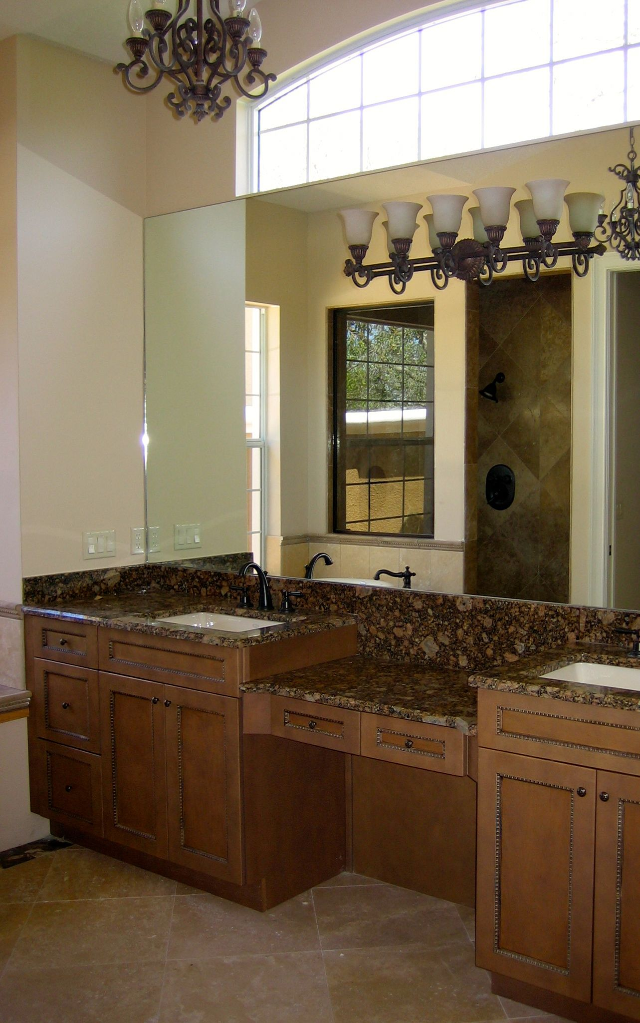 Best Master Bath Vanity Like The Cabinets Not The One Piece 400 x 300