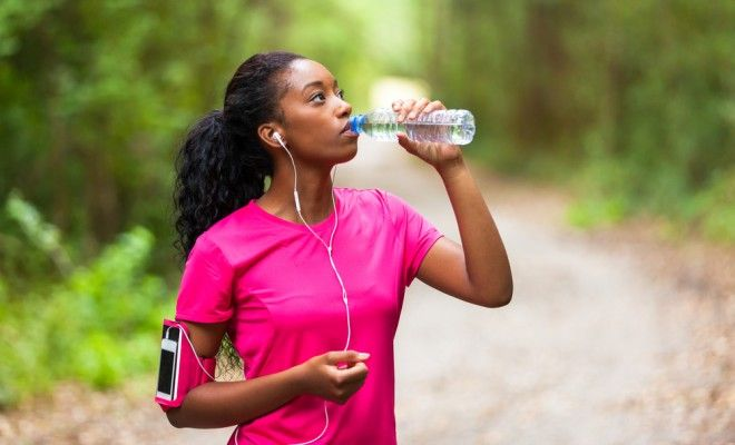 Stay Hydrated For Better Skin, Amazing Hair & To Lose Weight | dailybeautyhack.com