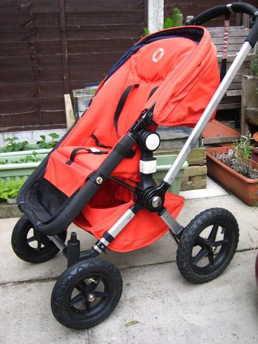 Iconic Bugaboo Frog Stroller / Pram. Carry Cot Rain Cover Bag clips & Iconic Bugaboo Frog Stroller / Pram. Carry Cot Rain Cover Bag ...