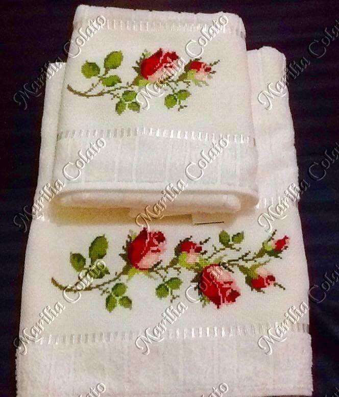 51c84a28a7fc Toalha de banho, com uma toalha de rosto,bordada em ponto Cruz,motivo  rosa....Toalha Dolher aveludada
