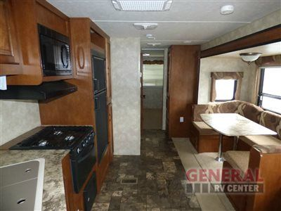 Used 2014 Coachmen Rv Catalina Deluxe Edition 32bhds Travel
