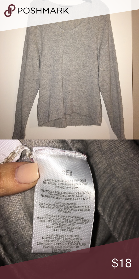 055578b3d5c9fb BCBGMAXAZRIA Abby over size sweater Great with a leather legging BCBG  Sweaters V-Necks