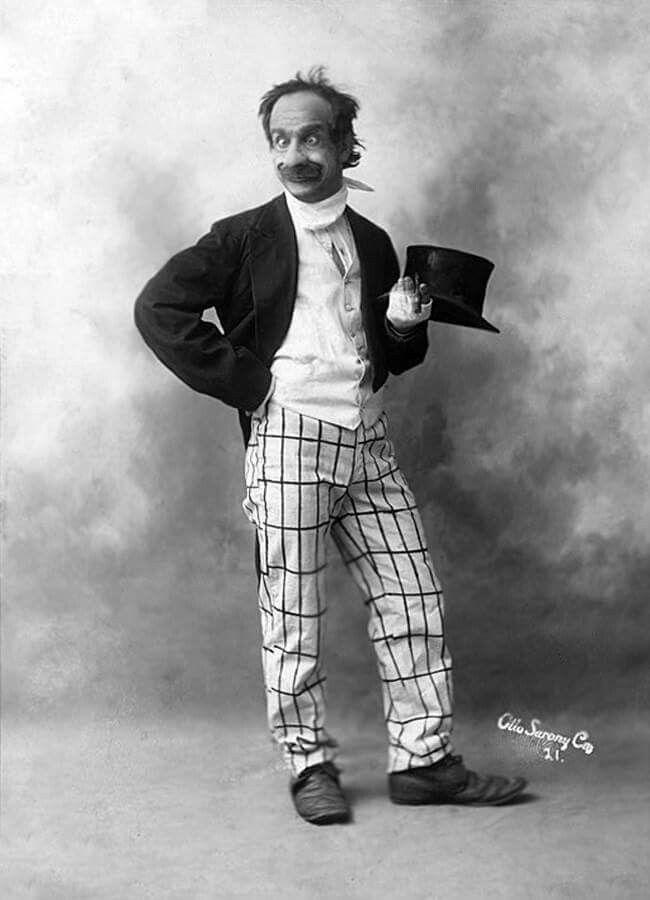 Thread by @AlexandraErin: Old vaudeville joke, sometimes ...  |Old Vaudeville Jokes