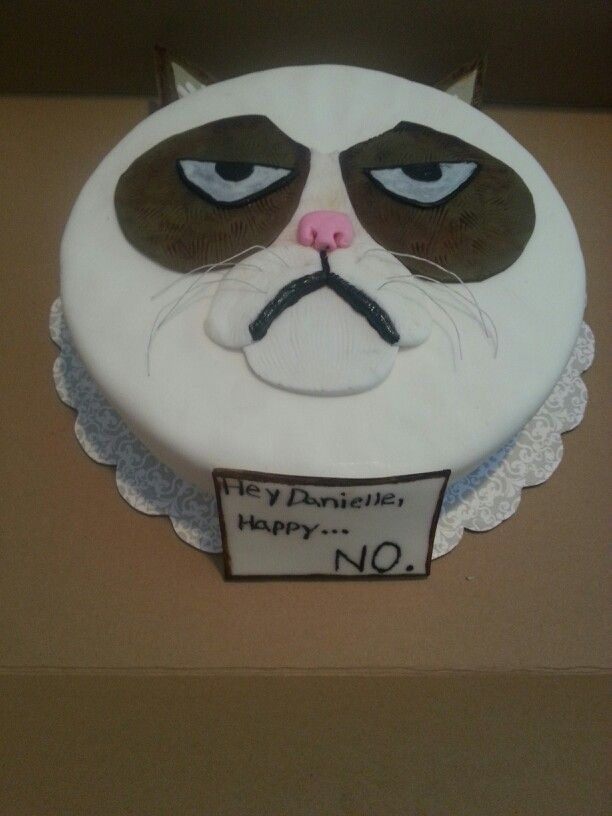 Grumpy Cat Cake By Brooklynsfinestbaking Grumpy Cat Cakes Cat
