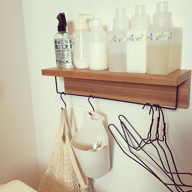 お洗濯コーナーDIY * 無印の壁に付けられる棚に、セリアの