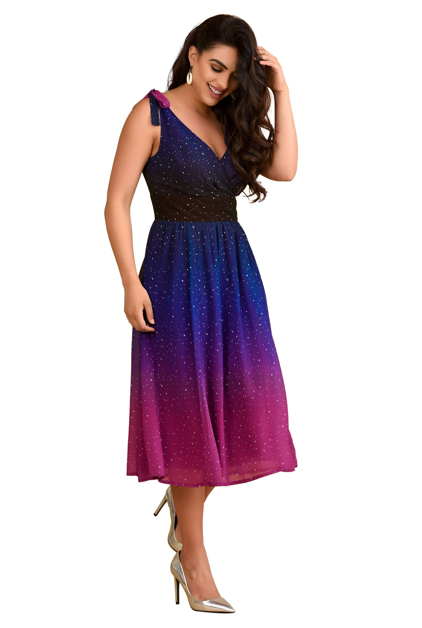 fc9768f376f2 Discover the latest dresses with eShakti. From party, prom and maxi dresses  to casual and occasion dresses and more. Shop from hundreds of dresses with  ...