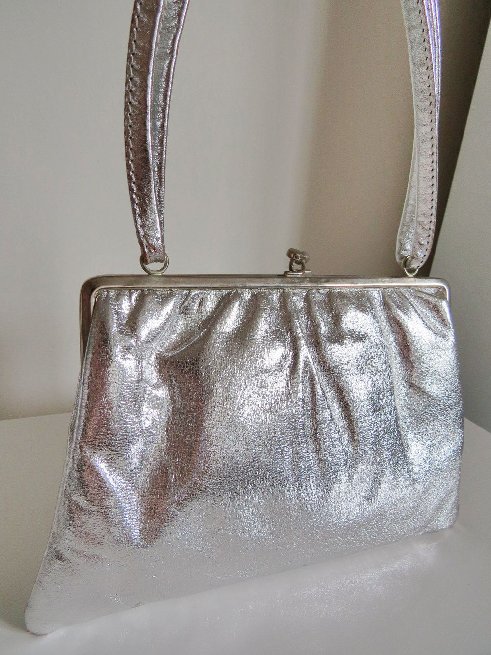 Vintage Silver Leather Handbag By Jane Shilton Made In England Vintagebysuzanne On Etsy