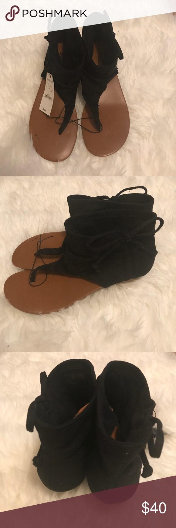 07fb58d5a (HOLD) Express Black Tan Sandals NWT. Express Black Sandals with side bow  accents. Size 8. Express Shoes Sandals