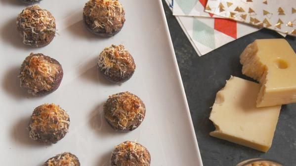 Sausage-Stuffed Mushrooms #farmhouserulesrecipes