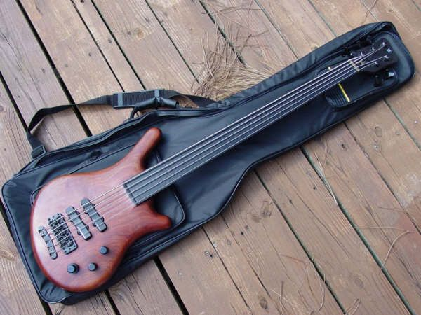 warwick thumb bass 5 string bajos y bajistas pinterest bass guitars and instruments. Black Bedroom Furniture Sets. Home Design Ideas