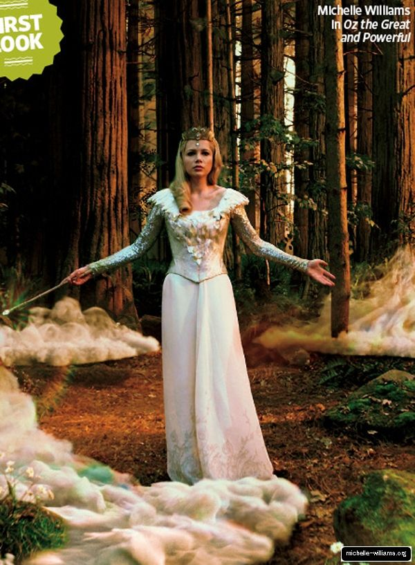 Michelle Williams As Glinda The Good Witch From Oz The Great And Powerful Due Out In 2013 Filme O Magico De Oz Figurinos Fantasias