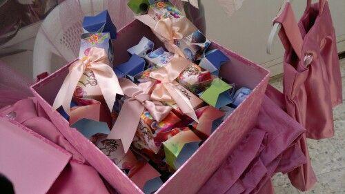 مشاركة مقرر مﻻبس اطفال لجمعية رعاية اﻻيتام Gift Wrapping Gifts Wrap