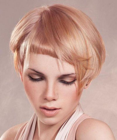 blonde haare pinterest asymmetrisches pony top. Black Bedroom Furniture Sets. Home Design Ideas