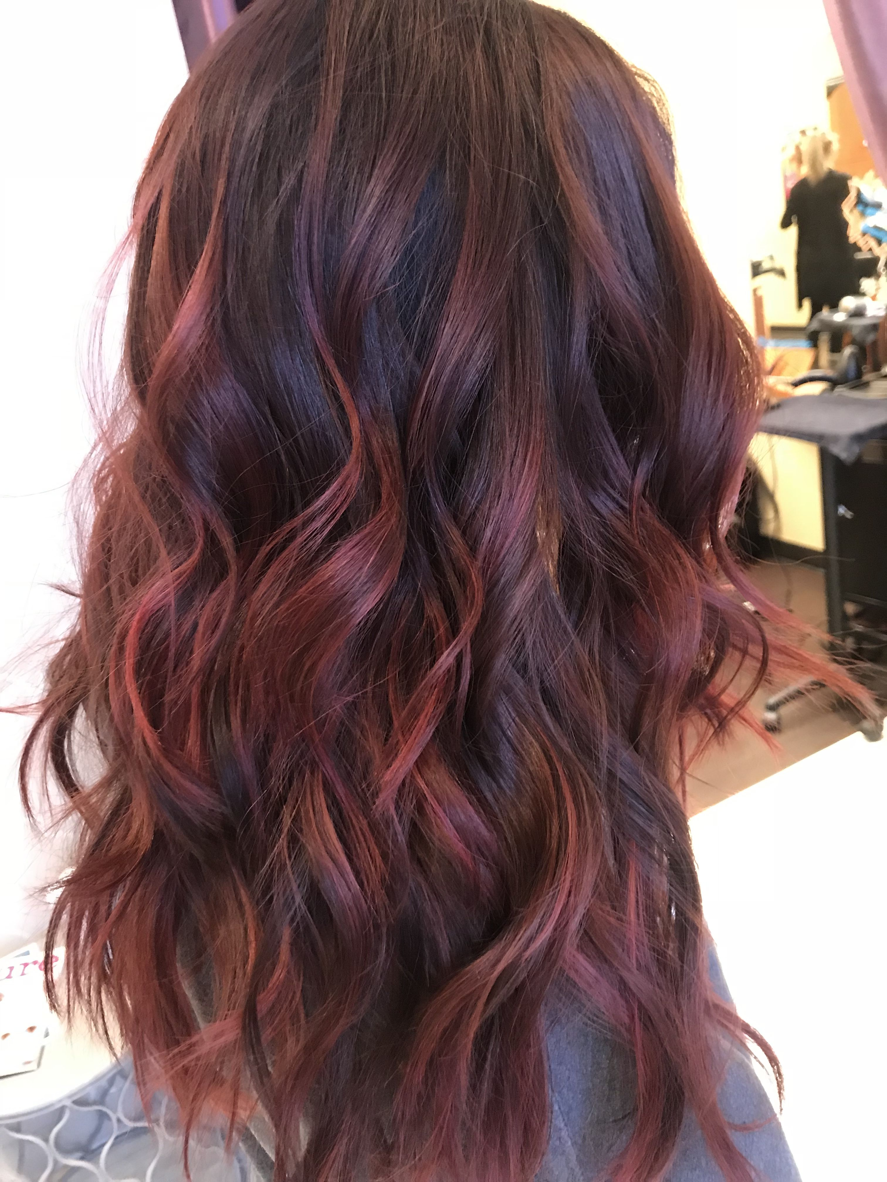Dark Brown Hair With Red Highlights Absolute Loving My Hair Red Highlights In Brown Hair Brown Hair With Highlights Red Balayage Hair