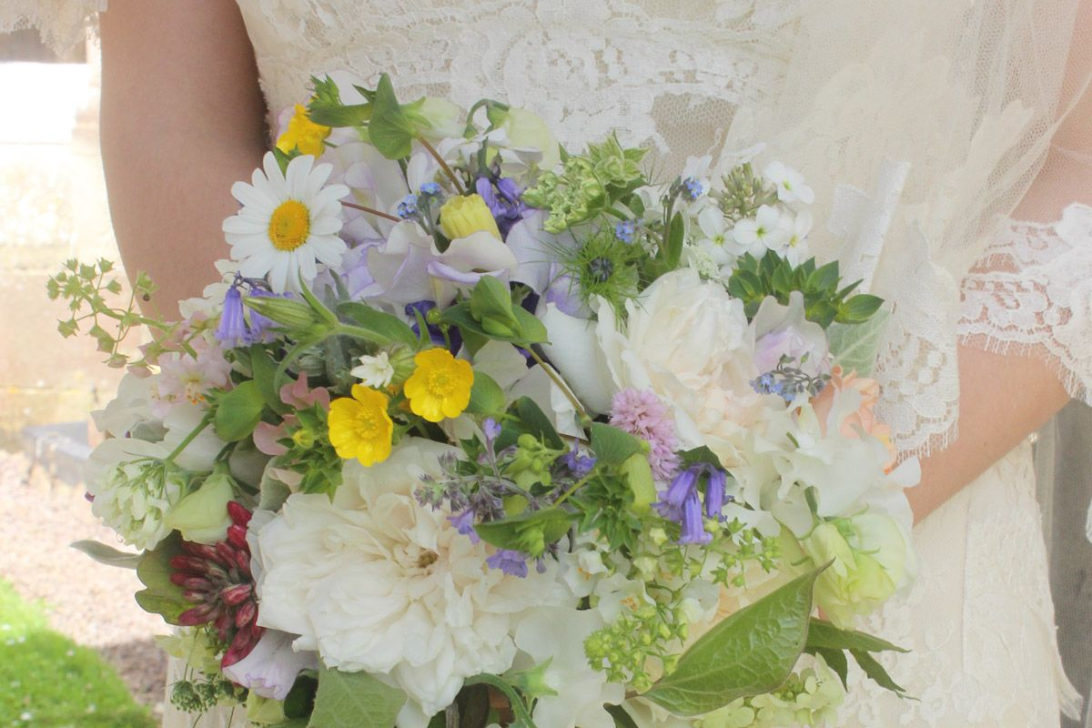 Wedding flowers common farm flowers wedding flowers wedding flowers common farm flowers wedding flowers pinterest bride bouquets shops and bouquets dhlflorist Images