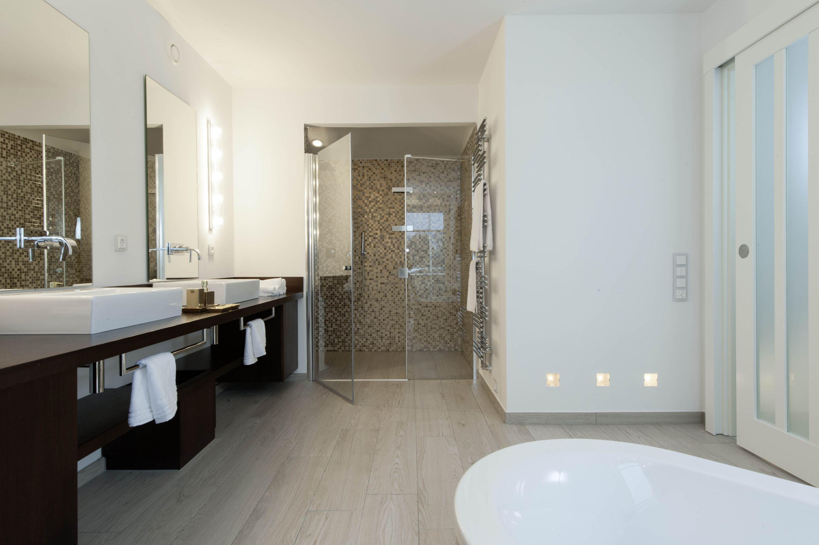 Pin Von Melanie Tiefenbeck Auf Haus 222 Haus Einrichten Badezimmer Sanieren Badezimmer