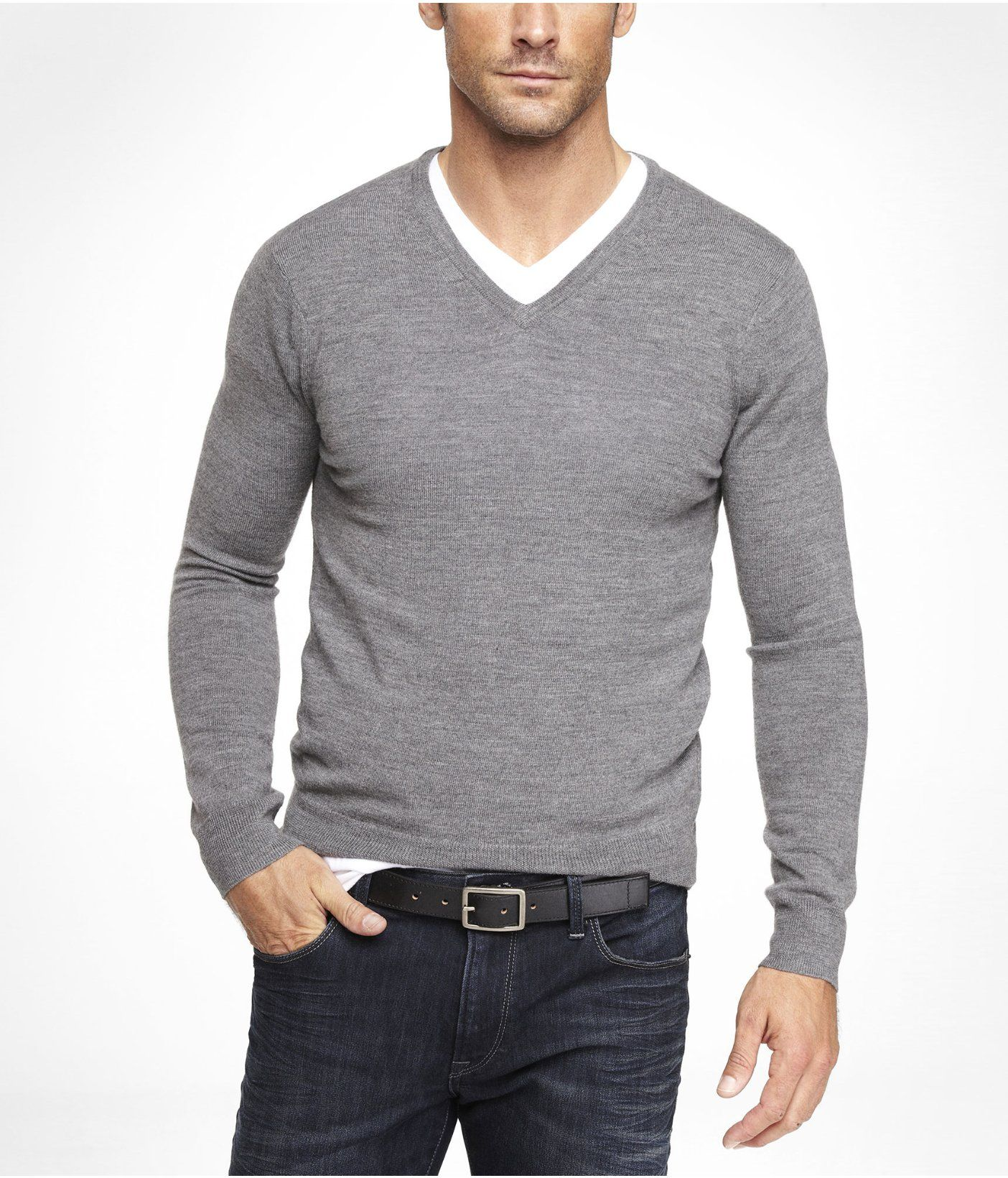 FITTED MERINO WOOL V,NECK SWEATER