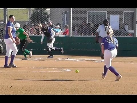 Socal Breaker Shortstop Fields Out Vs Ohana Tigers Tcs Softball Tourna Travel Softball Softball Tournaments Softball