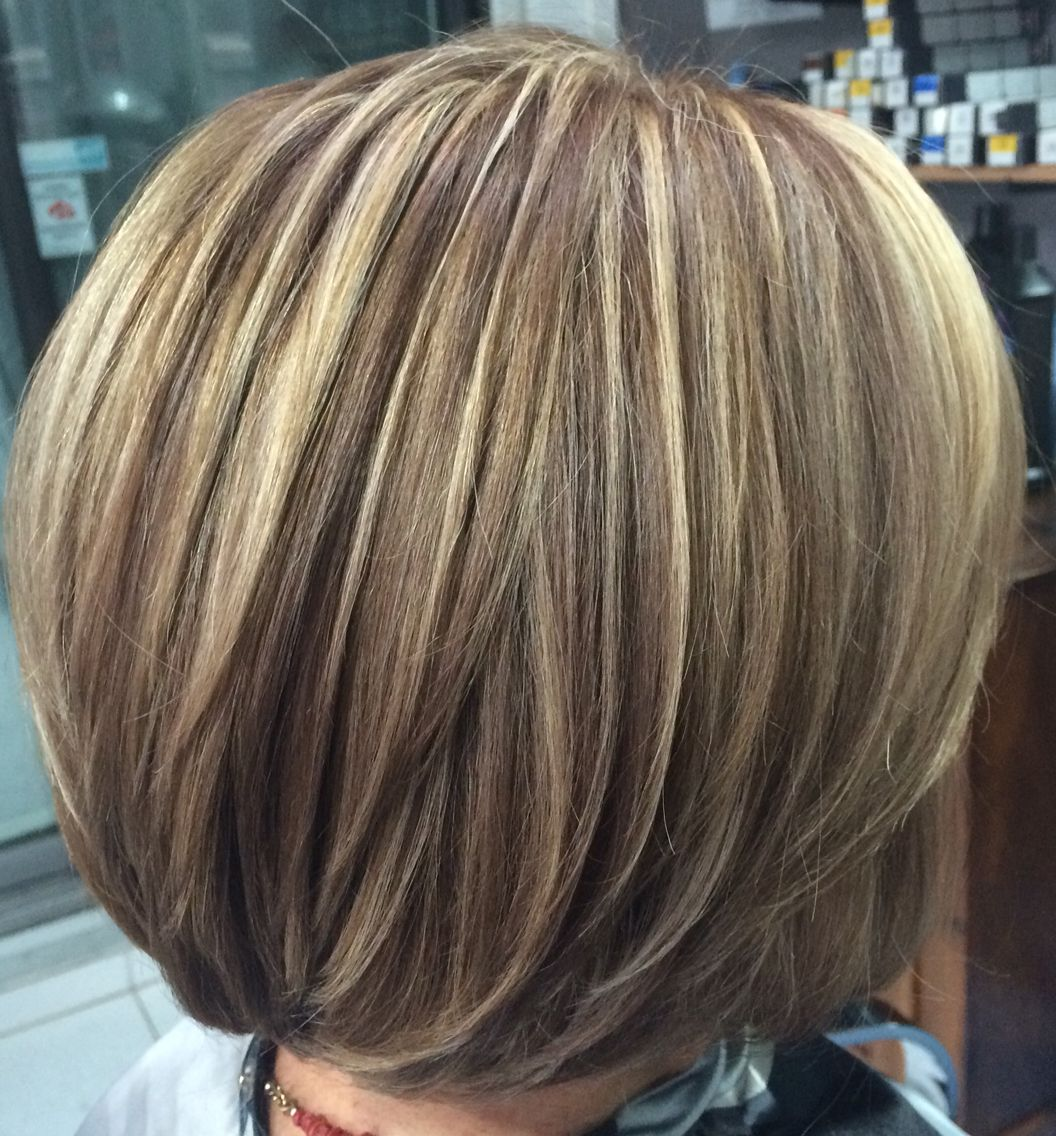 Blond Highlight With Warm Beige Lowlight Layerbob Hair