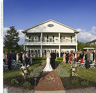 Bonne Terre Wedding In Front Of The Main House
