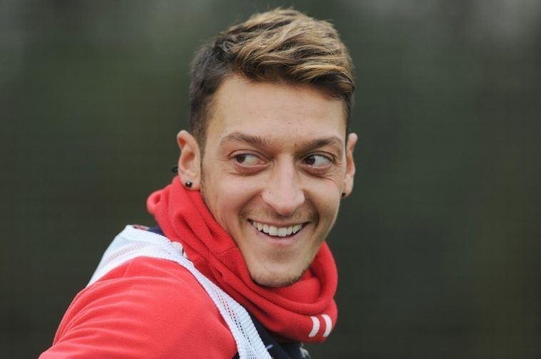 Mesut Ozil Hairstyle Mesut Ozil Hairstyle Name Kksurak Hair Styles Hairstyle Names Premier League Style