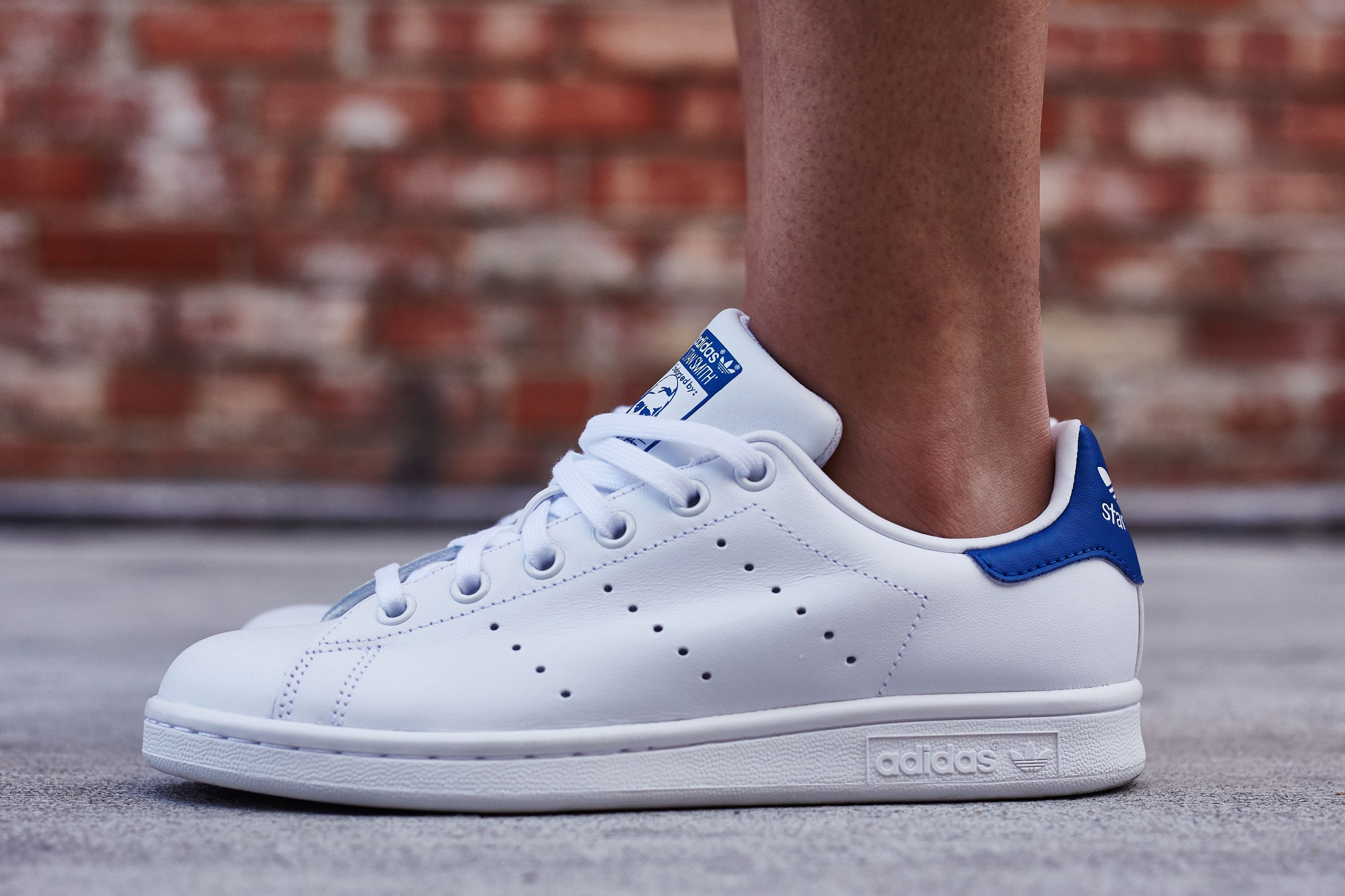 adidas Stan Smith White/Royal On-Foot Look